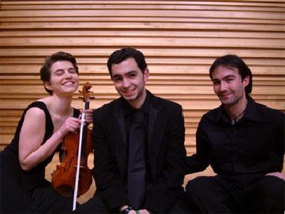 Trio Pax Iulia
