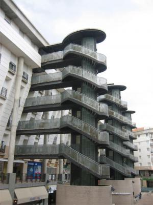 """Edificio """"Titanic"""""""